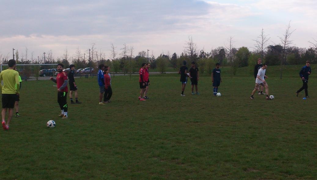 Fußballtraining jeden Dienstag 18Uhr Campus
